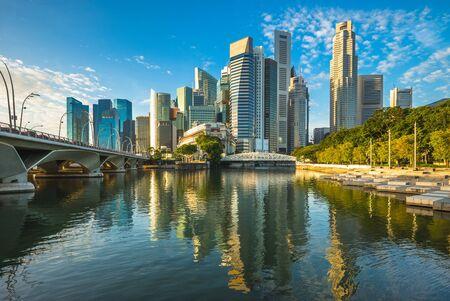 horizon de singapour par la marina bay Banque d'images