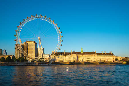 Ferris wheel and thames river in london, uk Sajtókép