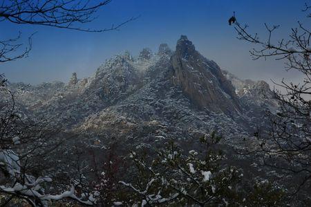 craggy: Craggy, snow-covered mountain