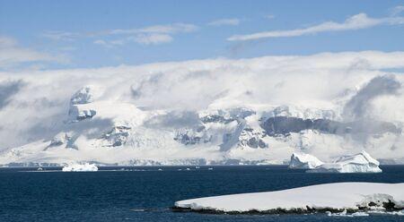 antarctic peninsula: Antarctic peninsula landscape