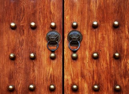 buckle: Wooden doors and door buckle