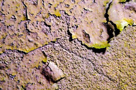 broken wall: La textura de la pared rota de edad con la pintura agrietada superficie.