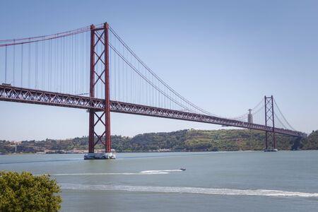 25 de Abril Suspension Bridge, Lisbon, Portugal Stock fotó