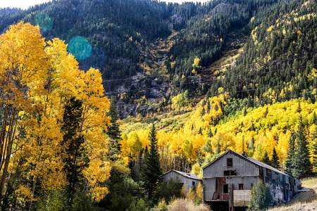 ouray: Oray Colorado Fall  barn and trees turning color