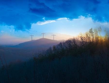 Three Crosses on a Hill at Dusk Reklamní fotografie - 95258789
