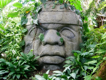 conservatory: Jungle Statue