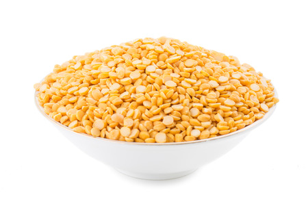 Split Chickpea Also Know as Yellow Split Peas, Chana Dal, Yellow Lentil, Split Pigeon Peas, Yellow Chana Peas, Dried Chickpea Lentils, Split Yellow Gram or Toor Dal isolated on White Background 스톡 콘텐츠