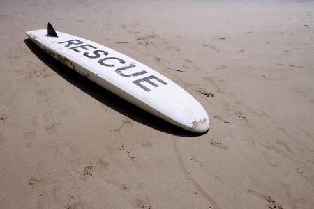 bombero de rojo: Rescate en la playa