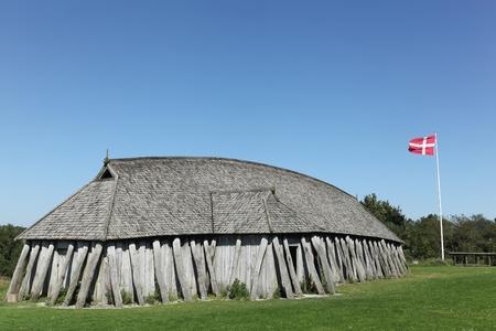 vikingo: Vikingo casa en la ciudad de Hobro, Dinamarca Editorial