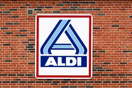 Sindal Denmark June 28 2015 Aldi Logo On A Facade Aldi Stock
