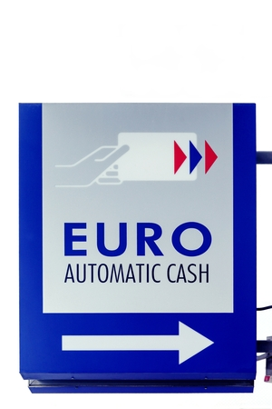 bank withdrawal: Euro automatic cash