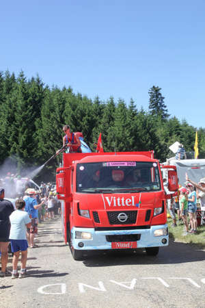 Cogny, France - July 17, 2016: Publicity caravan on the road with the Vittel truck during Le Tour de France on July Éditoriale