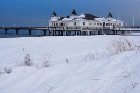 Pier in Ahlbeck  Germany  in winter  Stok Fotoğraf