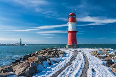 Mol in Warnemuende Duitsland in de winter Stockfoto