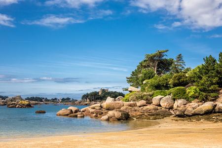 nger: Atlantic ocean coast in Brittany near Ploumanac (France).