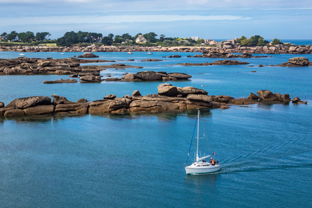 ploumanac'h: Pink Granite Coast in Brittany near Ploumanach, France. Stock Photo