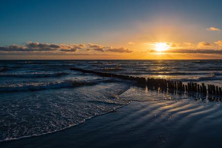 Baltic Sea coast on the island Moen in Denmark. Standard-Bild - 120501000