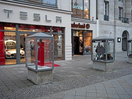 timberland: Berlin, Germany - January 21, 2015: Shops of Apple, Timberland and Tesla in Kudamm