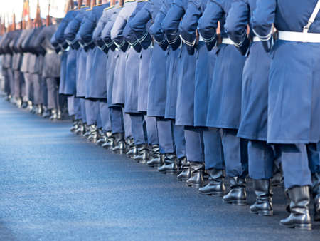 synchronous: German soldiers of the guard regiment marching