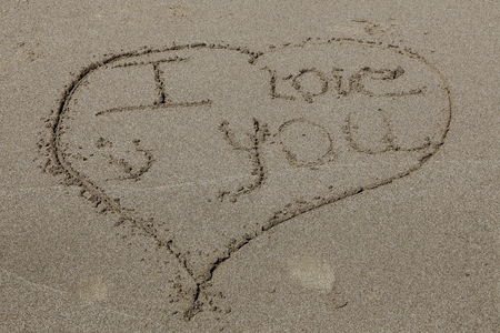 message sand I love you photo