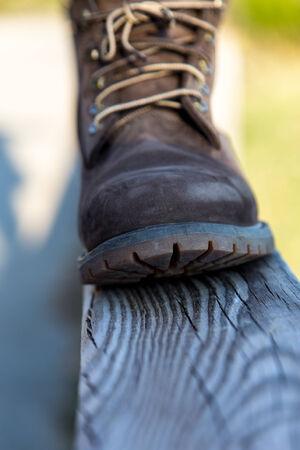 steel toe boots: brwon mountain boot