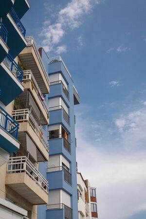 residential: residential balconery