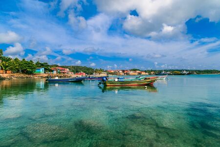 Corn Island, Nicaragua - April 21, 2016: view of corn island Nicaragua. sea with boats and blue sky Éditoriale
