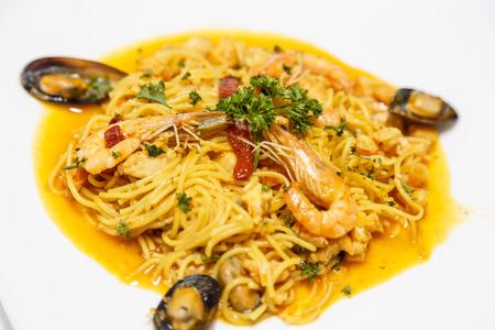marisco: fideua, detail of seafood fideua