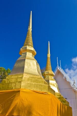 Deux d'or Thats Phra dans Phra That Doi Tung temple, province de Chiang Rai, Tha�lande