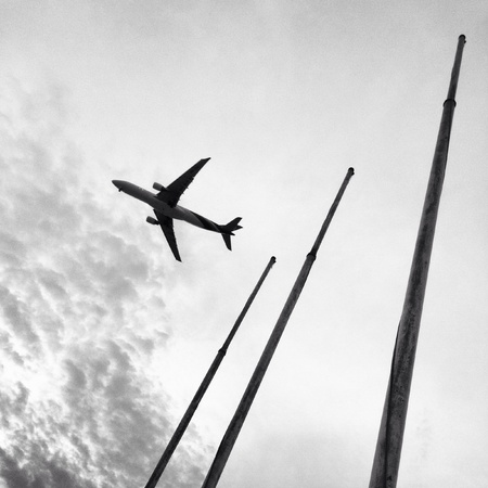 avion vole au-dessus des p�les Banque d'images