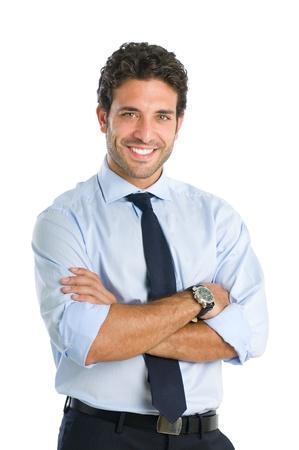 podnikatel: Přátelský a usmívající se podnikatel při pohledu na fotoaparát se spolehlivostí izolovaných na bílém pozadí