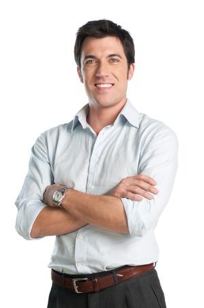 personas de pie: Hombre de negocios de mediana edad mirando la c�mara con expresi�n sonriente y orgulloso