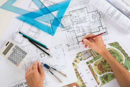 zeichnung: Close Up Of Ein Zeichner Zeichnung Diagramm auf Blueprints