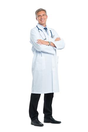 팔 성숙한 의사가 교차의 초상화 스톡 콘텐츠