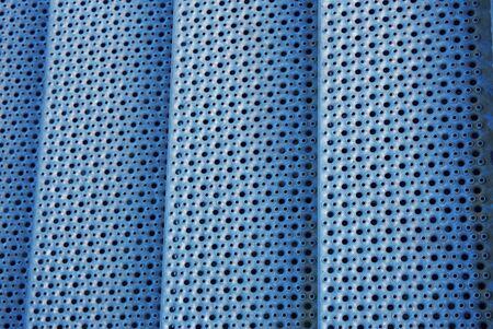 marmorate: Scale in metallo con griglia - Modern Architecture