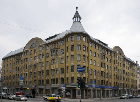 eclecticism: Riga, Terbatas 59-61, a huge building in Art Nouveau style