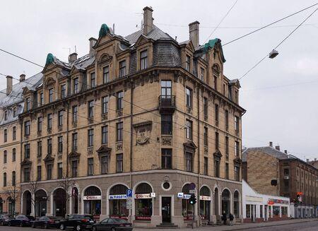 eclecticism: Terbatas 65, an Art Nouveau building detals
