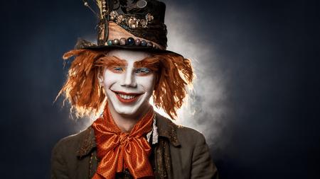payaso: Payaso asustadizo Las aventuras traje de payaso en Wonderland