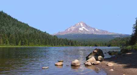 trillium lake: Mt. Hood & Trillium Lake.