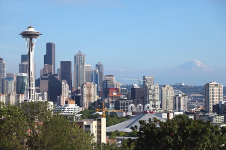 Seattle skyline & Mt Rainier, WA., state.