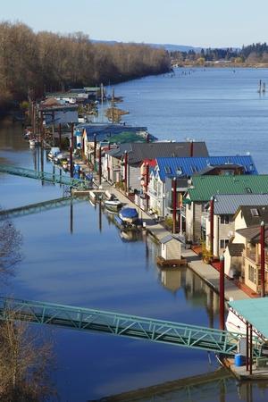 residency: Residency on the river.