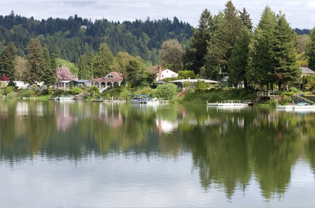 lakefront: Lakefront properties spring colors, Woodland WA
