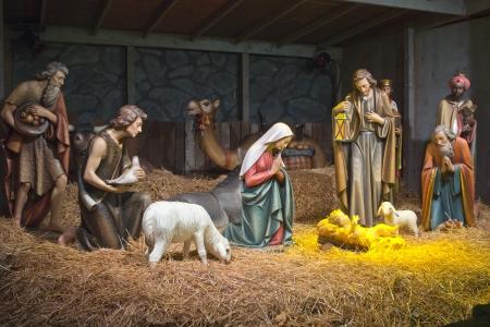 pesebre: La escena de la Natividad en la gruta en Portland OR.