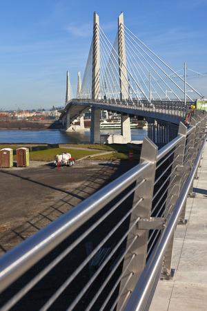 portland oregon: Portland Oregon Tilikum crossing and pedestrian bridge under construction. Stock Photo