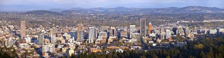 portland oregon: Portland Oregon city panorama from Pittock Mansion.