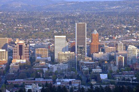 portland oregon: Portland Oregon downtown skyline from Pittock Mansion.