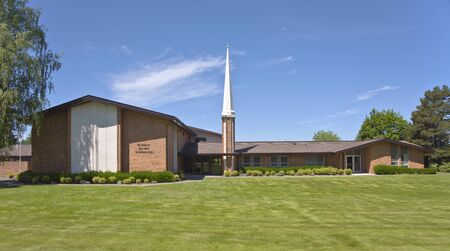 trees services: Church of Latter Day Saints in Sandy Oregon. Stock Photo