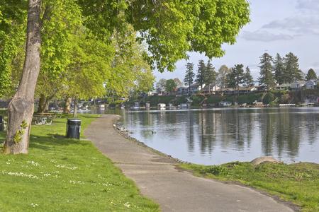 lake front: Lake front properties in Blue lake park Oregon.