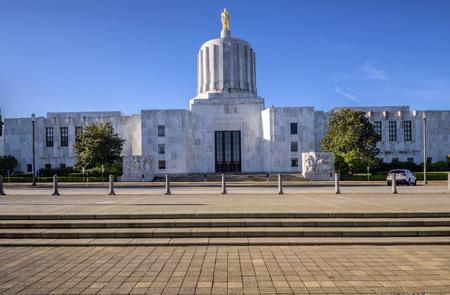 セーラム オレゴンの州議会議事堂。 写真素材