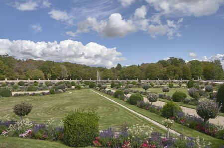 Chenonceau beautiful gardens in the Loire valley province France. Imagens